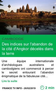 Science des indices sur l abandon de la cite d angkor deceles dans la terre page001
