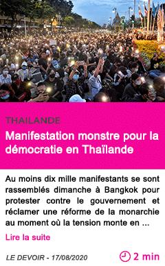 Societe manifestation monstre pour la democratie en thailande